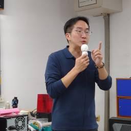 王建雄 講師